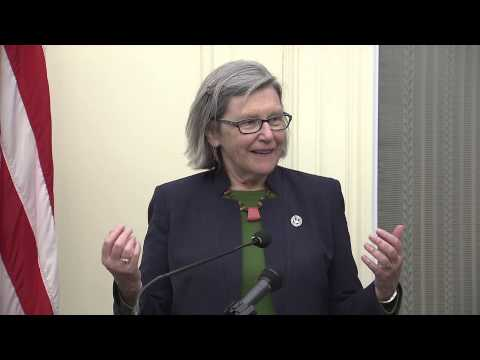 Senator Boxer Joins Women and Faith Leaders to Support Raising the Minimum Wage