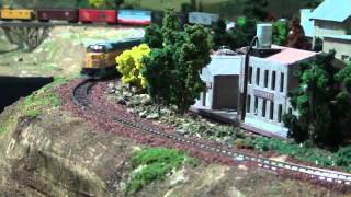 N Scale Model Train Closeups