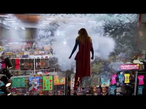 Supergirl - My intro (Lois & Clark - The New Adventures of Superman style)