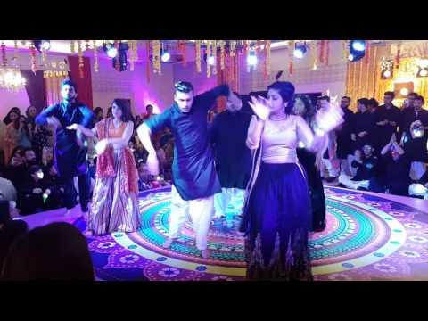 Lets Nacho bollywood Mehndi dance- Instagram: Faizan Najeeb,  Twitter: mfaizannajeeb