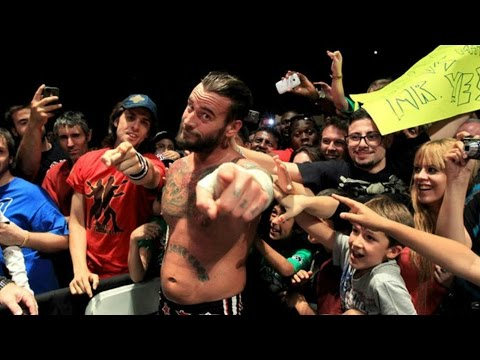 Why WWE Fans Need To Stop Chanting CM Punk