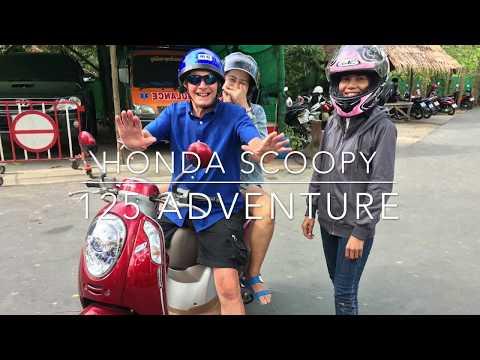 Adventure Ride up to Big Buddha Phuket with a Honda Scoopy