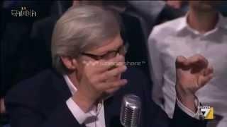 """La Gabbia. Sgarbi SHOW: """"Politici coglioni! Euro fatto da teste di cazzo! Alfano merda secca!"""""""