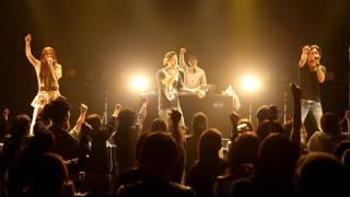 東日本大震災から一ヵ月。 SKELT 8 BAMBINO は、2011年4月 仙台に行き、...