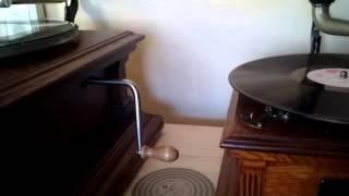 蓄音機レコード SP 盤 米国製 ビクター・E 型 蓄音機.