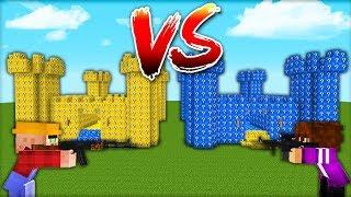 Замок из Лаки Блоков VS Замок из Синих Лаки Блоков в майнкрафт 100 троллинг ловушка Minecraft