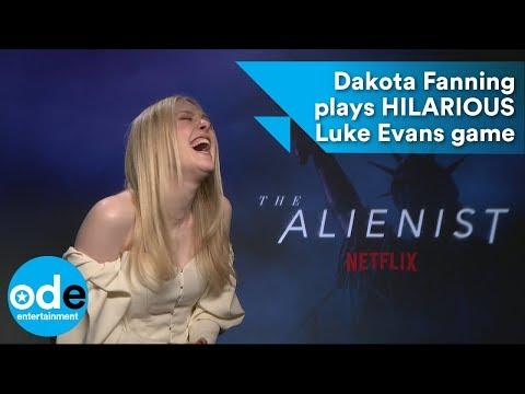 The Alienist: Dakota Fanning plays HILARIOUS Luke Evans themed game