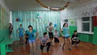 Танец мальчиков и девочек
