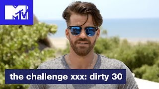 Bananas Accepts 'The Biggest Backstab' Award | The Dirty Awards | The Challenge: XXX