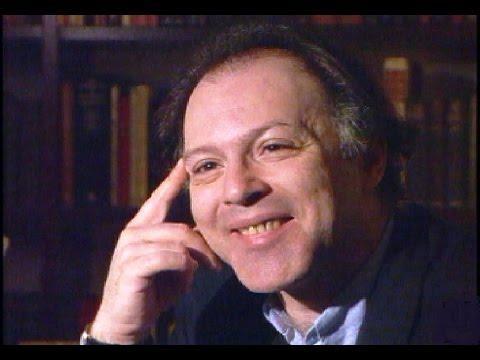 Javier Marías presenta en su biblioteca