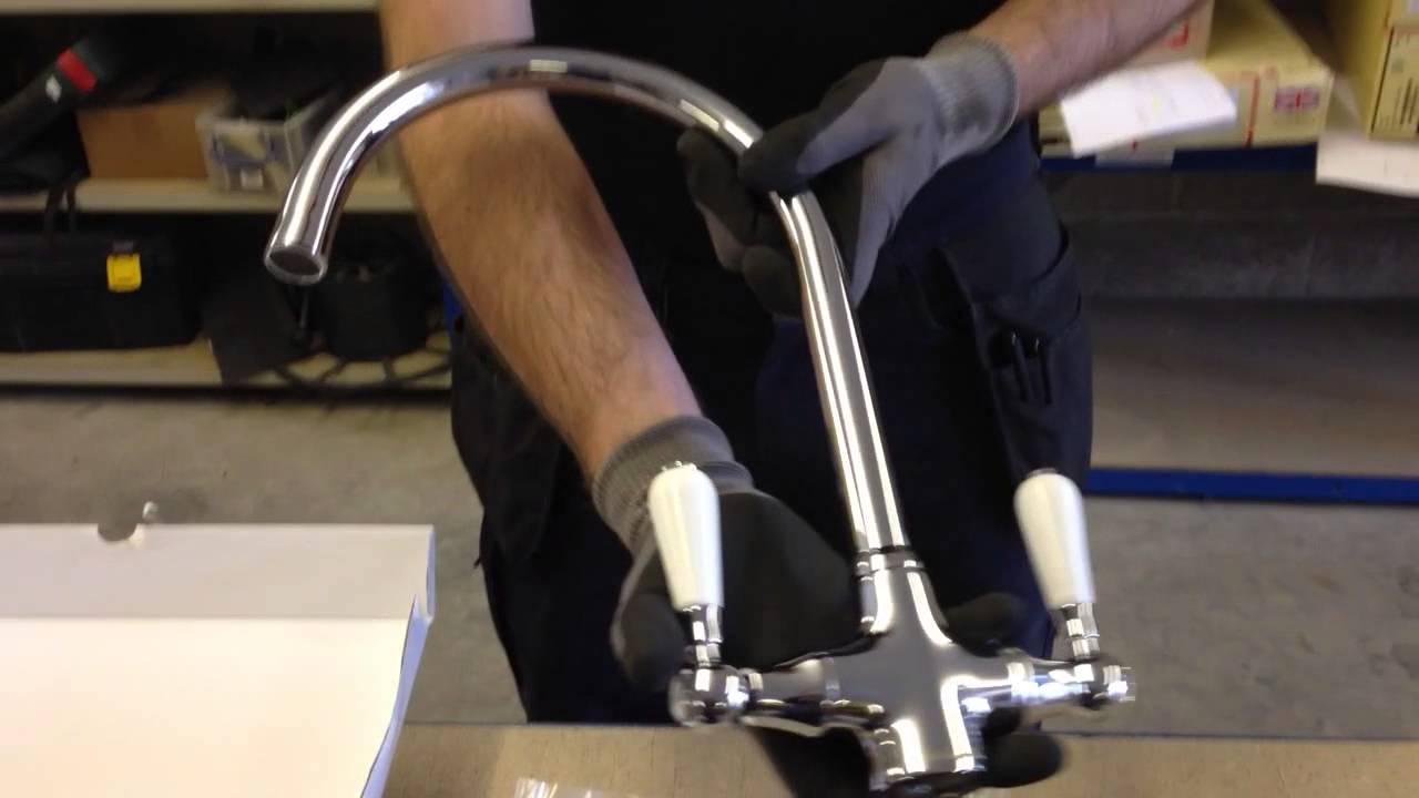 Reginox Elbe kitchen tap - YouTube