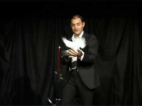 Mago Jonny - Spettacolo di magia musicale