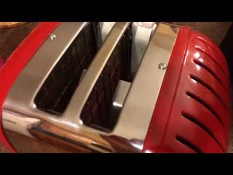 Does the Dualit Toaster work?