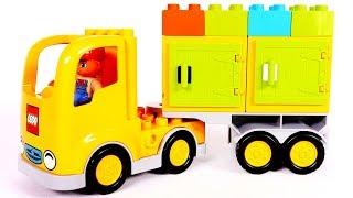 Learn Colors with Building Blocks Truck Playset for Children and Yippee Toys