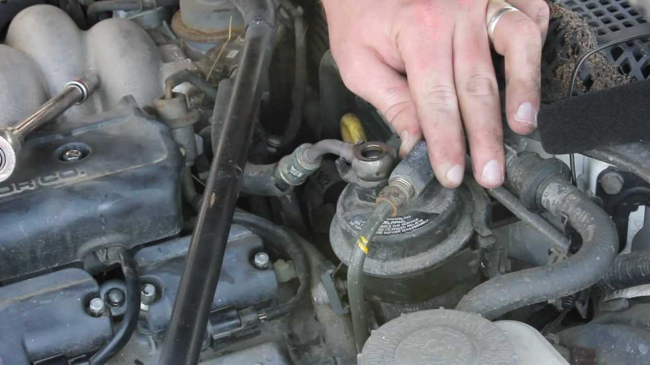 2005 acura tl fuel filter location