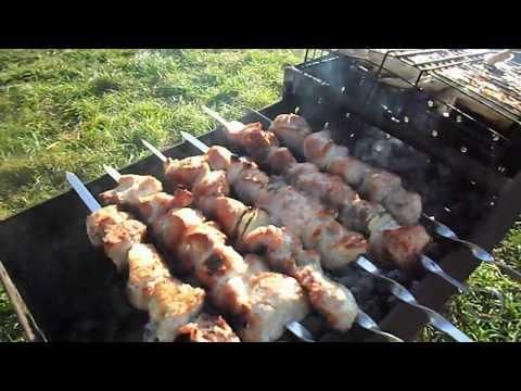 Поджарка из свинины с подливкой на сковороде