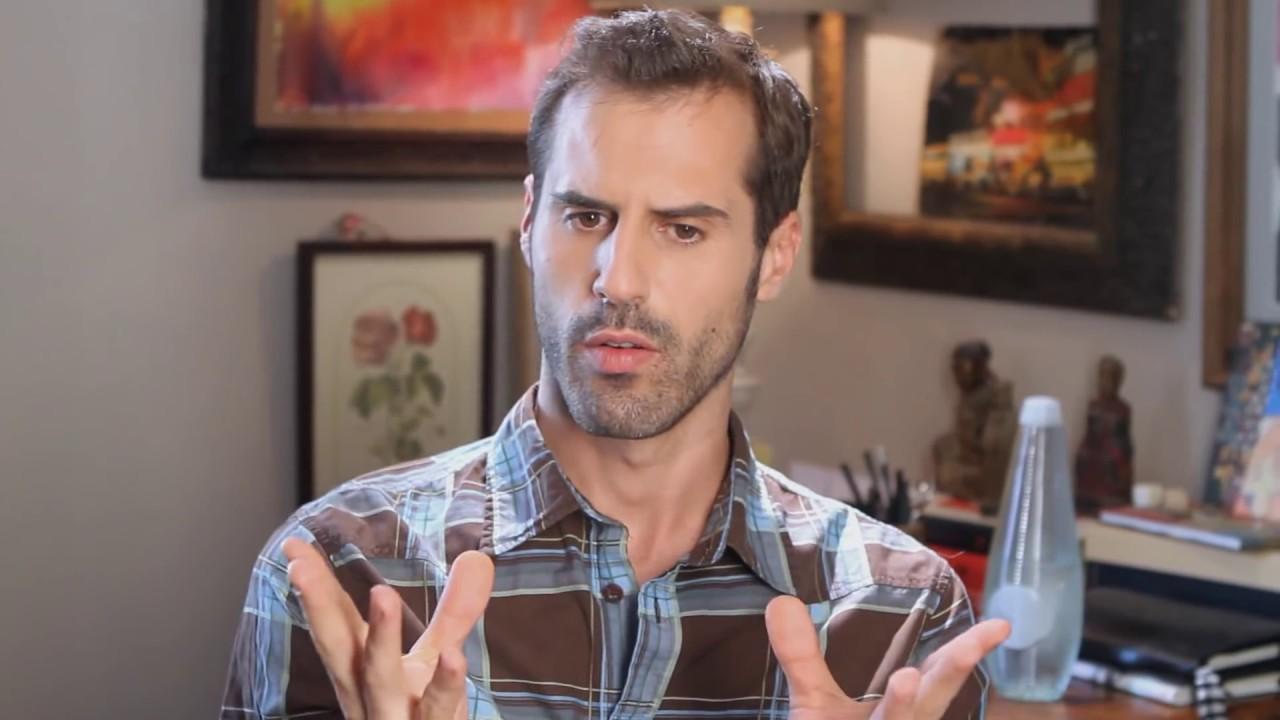 Besos gays en ba os p blicos marcos 02x06 youtube - Banos publicos gay ...