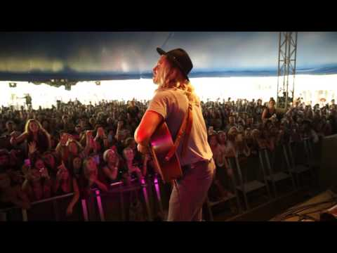 Ziggy Alberts - Runaway ( live at Splendour In The Grass 2016 )