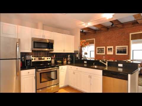 Sunfilled Corner Loft in Boston's Seaport District - Luxury Real Estate