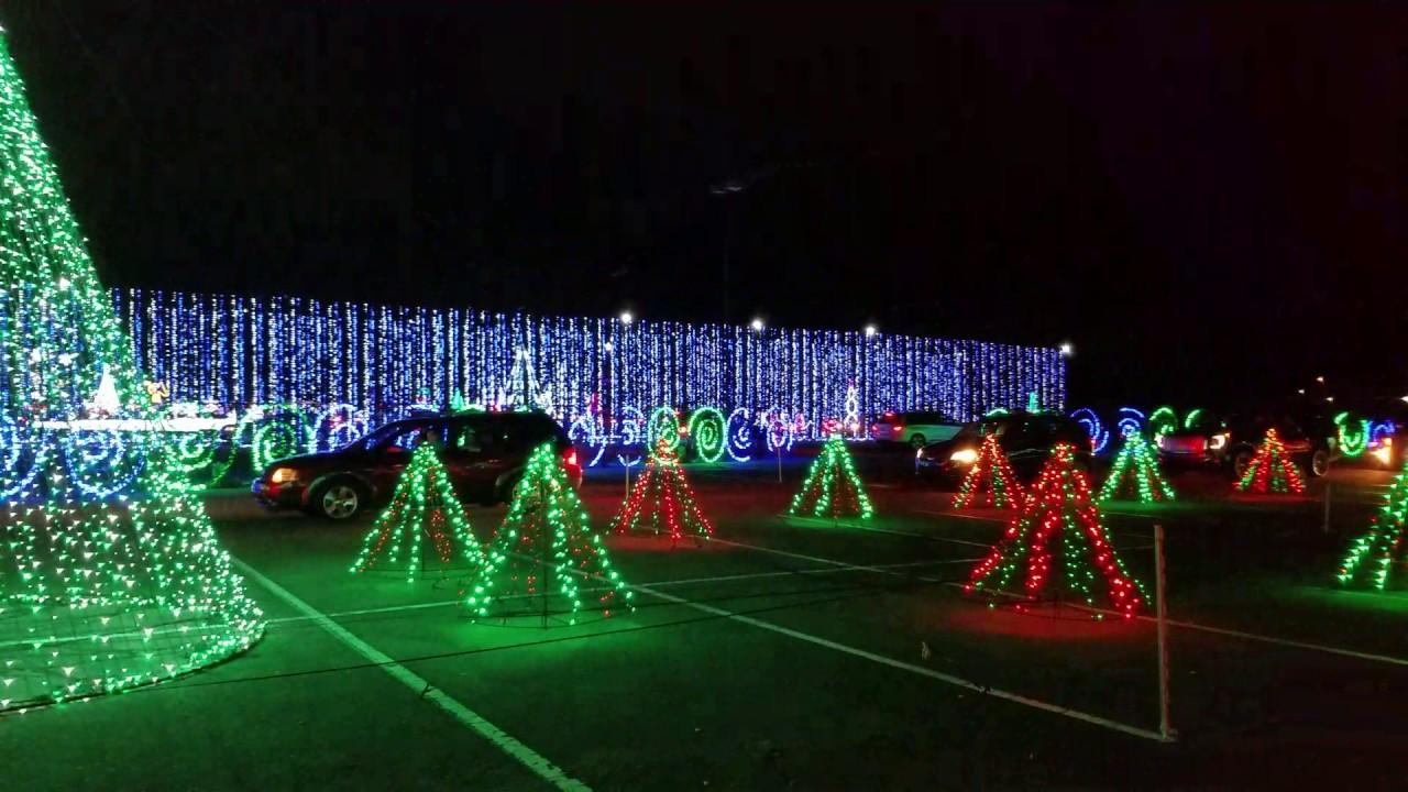 Hank Aaron Stadium Christmas Lights Show 2016! - YouTube