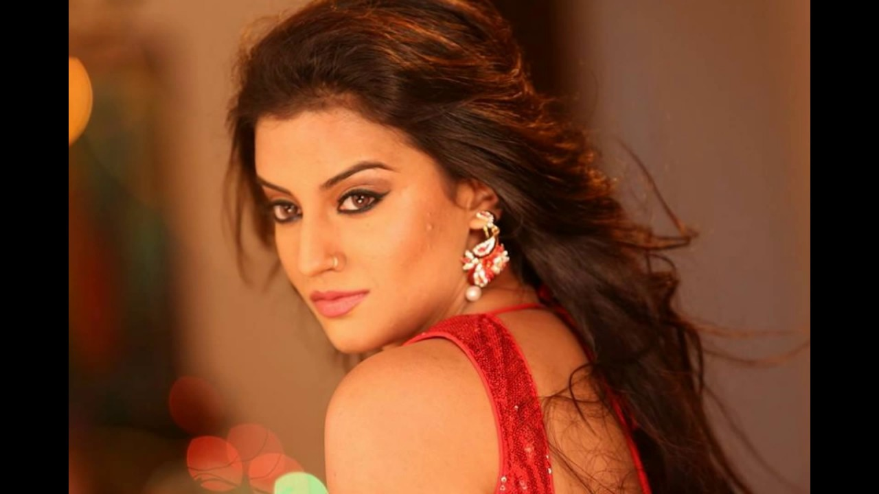 Bhojpuri Actress Akshara Singh Wallpapers Photos Pics Pictures
