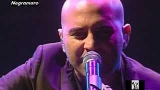 """Giuliano Sangiorgi - Mentre tutto scorre (dal DVD """"La finestra tour in teatro"""", versione acustica)"""