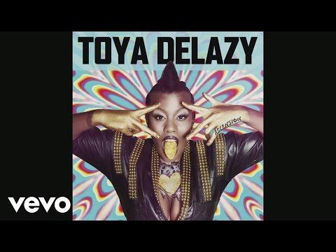 Toya Delazy - Star Trek