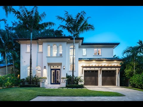Tropical Coconut Grove Oasis Home -- Lifestyle Production Group