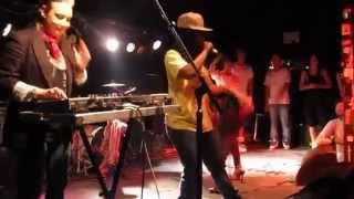 DJ Sveta DJing live for Yo Majesty Booty Clap Dec '09