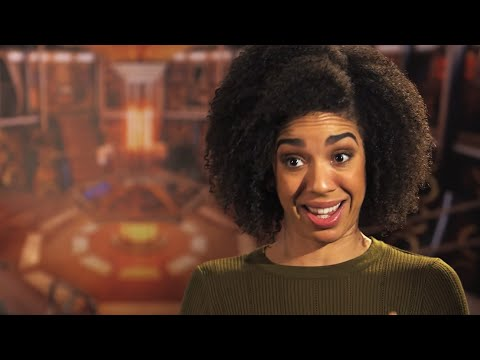 Peter Capaldi and Pearl Mackie Introduce Extremis - Doctor Who: Series 10