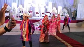 Ladki Badi Anjani Hai by Mammamia Dancer
