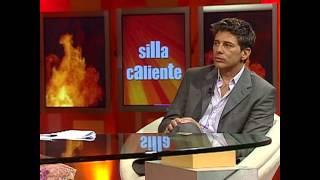 Video Famosos en Jaque -¿Por qué Paulina Rubio habla como española? download MP3, 3GP, MP4, WEBM, AVI, FLV Juli 2018