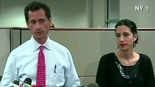 Anthony Weiner apologizes with wife at his side
