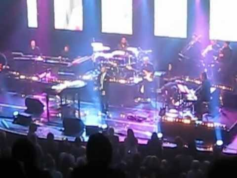 Gary Barlow - Liverpool Philharmonic performing 'Candy' which he wrote for Robbie Williams