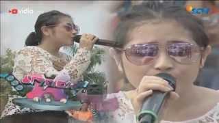 Video Prilly Latuconsina -  Sahabat Hidup (Inbox 8nniversary) download MP3, 3GP, MP4, WEBM, AVI, FLV Maret 2018