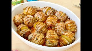 Fırında Soslu ve Kaşarlı Yelpaze Patates  Tarifi(  5 dakikada yapılan muhteşem bir yemek)