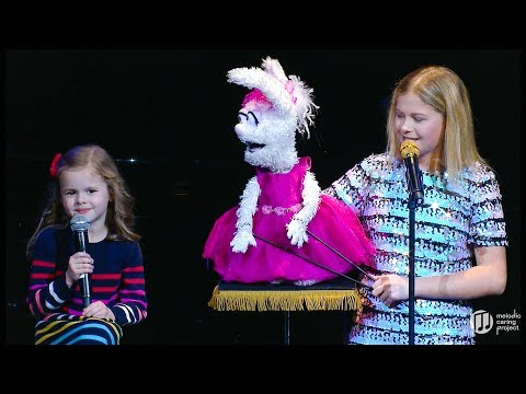 6-YEAR-OLD CLAIRE SINGS ON STAGE WITH AGT WINNER DARCI LYNNE