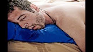 ★ТЕЧЕТ СЛЮНА во сне? Это может быть заболевание эндокринной или инфекция во рту. Распознай вовремя