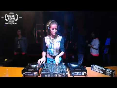 Orange Room Porto w/ Cristiana Pranto during 'Ladies Night' Episode 94, Part 2