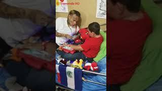 6ix9ine Regala Gran Cantidad De Dinero A Familiares De Un Niño...