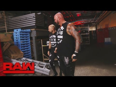 Luke Gallows & Karl Anderson assault Cesaro & Sheamus with a ladder: Raw, March 27, 2017