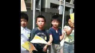 Bhutanese NC delegates visit a school in Arakawa in Tokyo