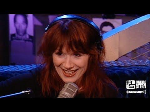 Nancy Wilson Plays a Heart Medley on the Howard Stern Show (1999)