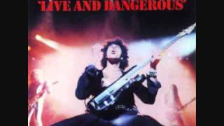 thin lizzy still in love with you live and dangerous cd version