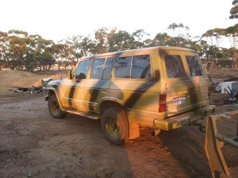 Camouflaged Landcruiser - Beer Can Dump Search - Bottle Hunt - Old Cydsedale Horse Drawn Dam Scoop