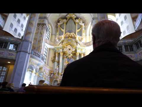Frauenkirche organ in Dresden, Germany: Bach's Toccata in d