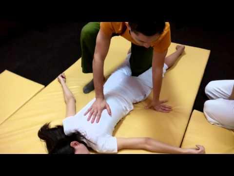 Обучение тайскому массажу.  Спина.  Часть 1