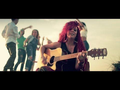 Daniela Cavanna - Angelita (summer version - video ufficiale)
