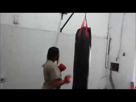 69d0913a3 Suporte Saco de Pancada Boxe - YouTube