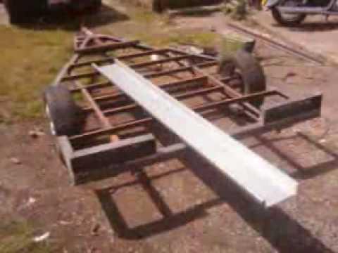 fabrication remorque moto sur base d 39 une caravane youtube. Black Bedroom Furniture Sets. Home Design Ideas